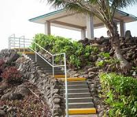 A newly renovated pavilion overlooks the ocean at Keokea Beach Park. (PHOTO BY ANNA PACHECO|SPECIAL TO NHN)