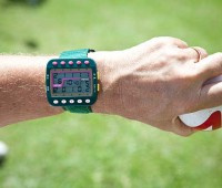 An electronic watch-like device allows Coert Olmsted to keep track of the score during a gateball game. (PHOTO BY ANNA PACHECO|SPECIAL TO NHN)